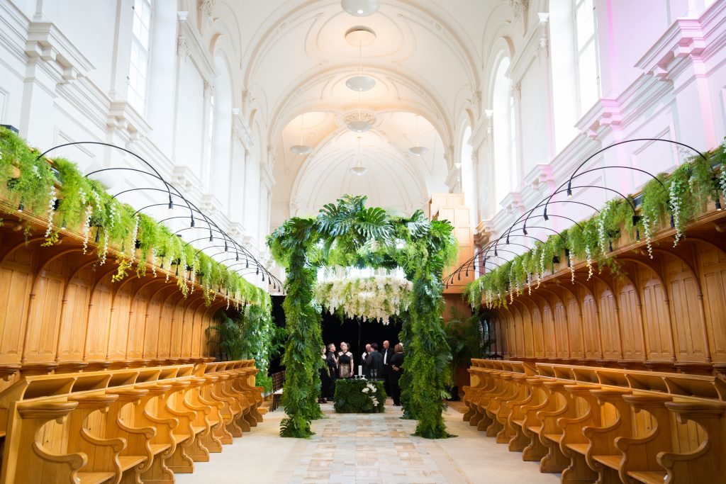 Greenery huppah in a catheral Abbaye, OKA