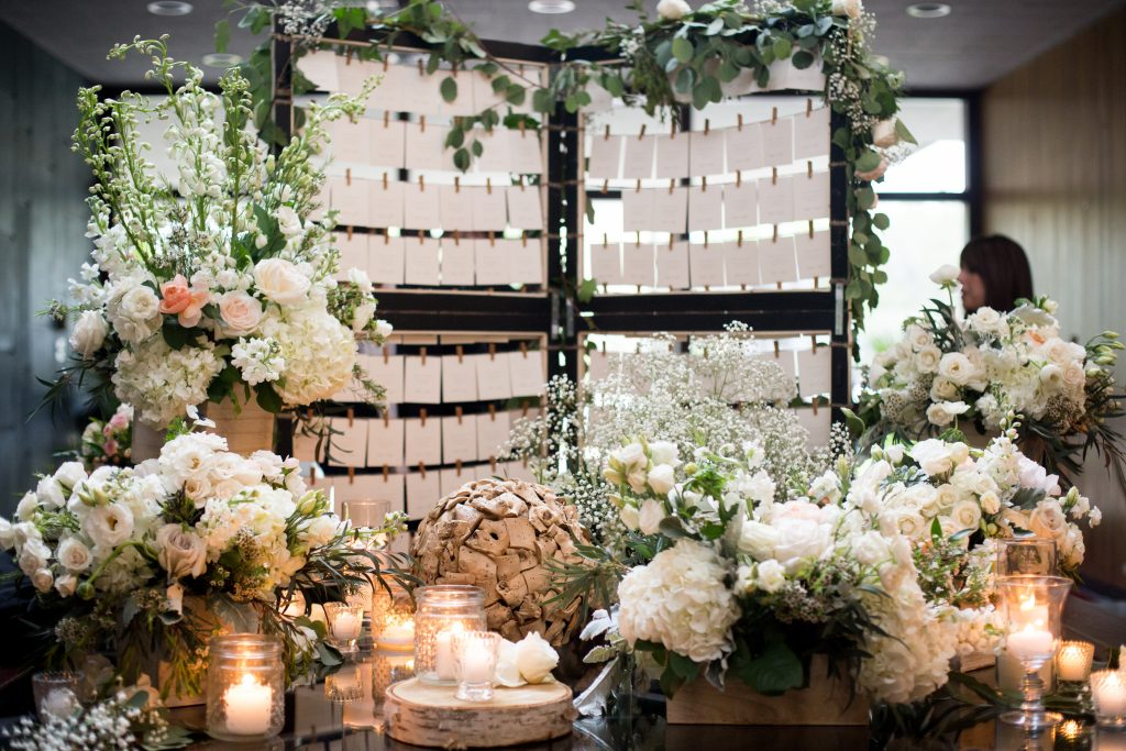 Guest table with flowers for a montreal wedding