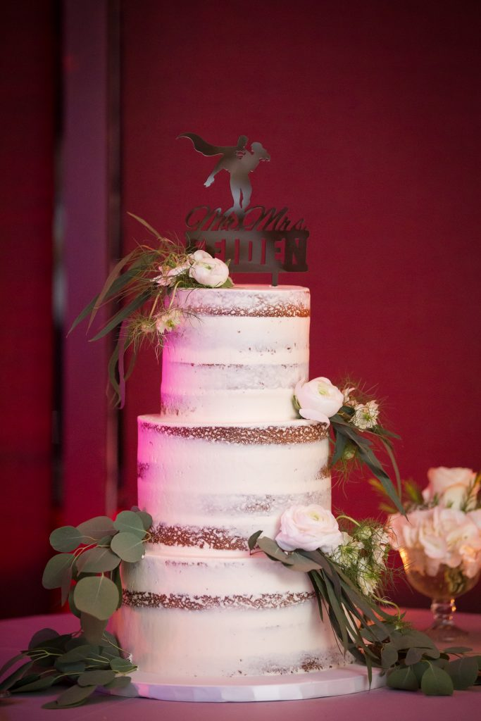 Wedding cake by Emily Chin rustique themed cake